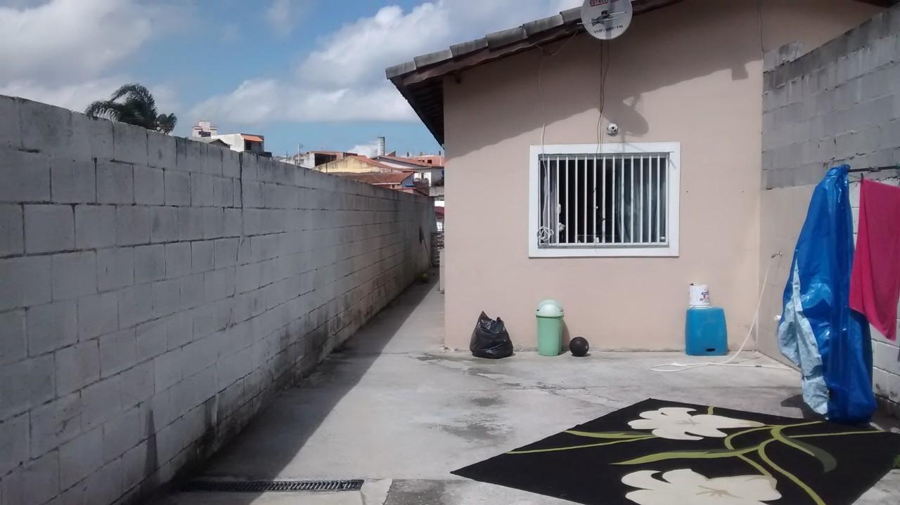 Casa Mogi das cruzes / Vila nova aparecida
