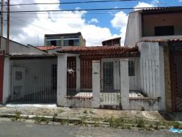 Casa Mogi das cruzes / Conjunto bertioga